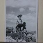 1977.05.02 西山边旁丛石上IMG_8912
